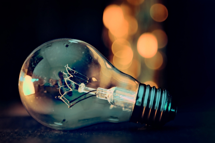 2703_lightbulb